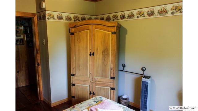 petite chambre campagnarde les ouvriers de paix. Black Bedroom Furniture Sets. Home Design Ideas